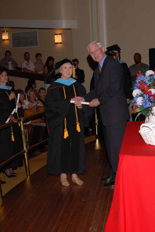 may-2011-graduation-0008
