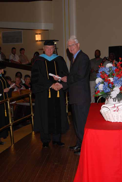 may-2011-graduation-0011