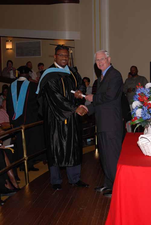 may-2011-graduation-0014