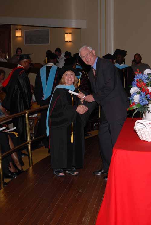 may-2011-graduation-0015