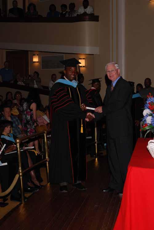 may-2011-graduation-0018
