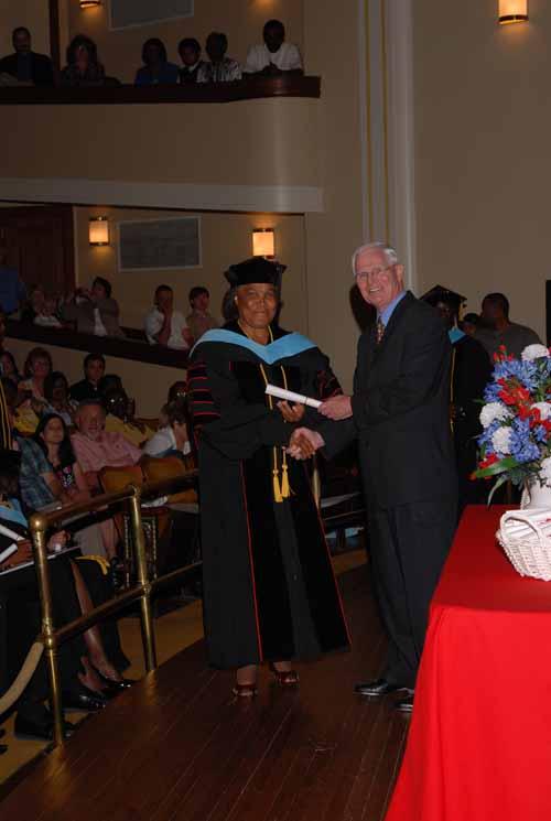 may-2011-graduation-0019