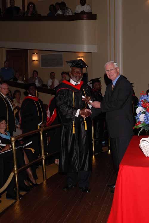 may-2011-graduation-0032