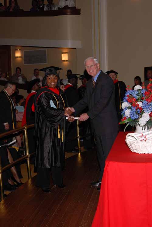 may-2011-graduation-0033