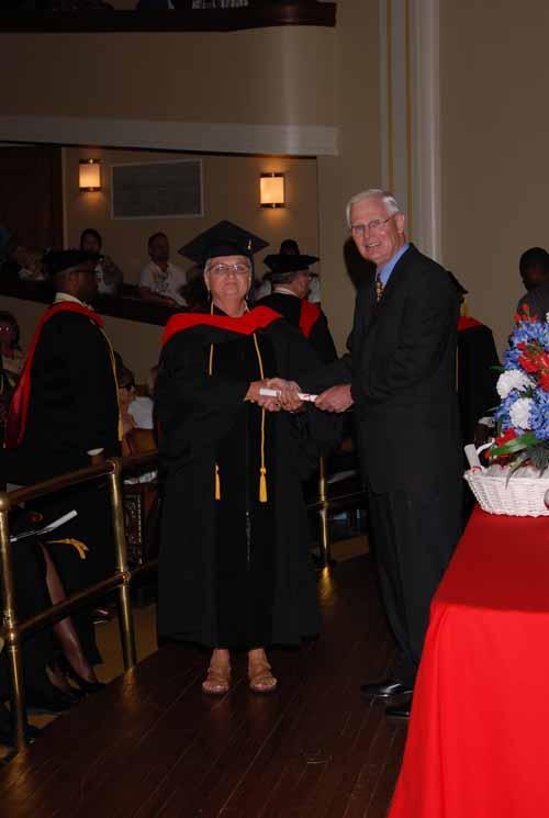 may-2011-graduation-0037