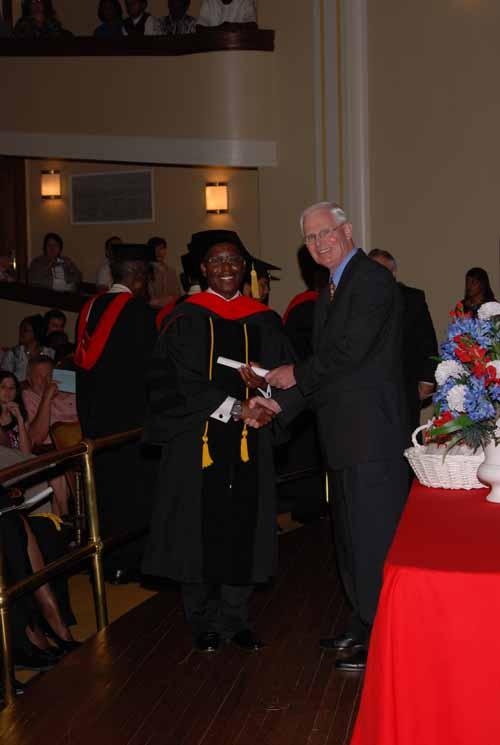 may-2011-graduation-0038