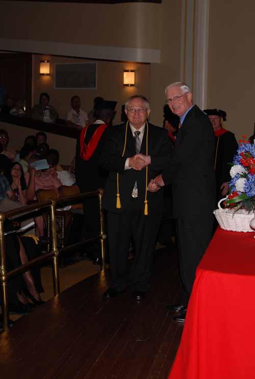 may-2011-graduation-0039