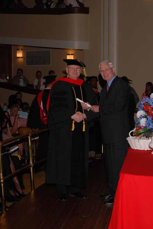 may-2011-graduation-0040