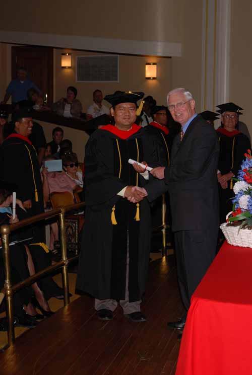 may-2011-graduation-0065