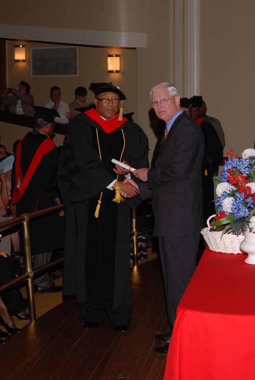may-2011-graduation-0067