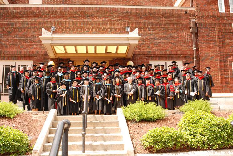 may-2011-graduation-0087