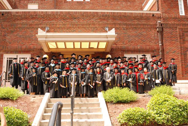 may-2011-graduation-0088