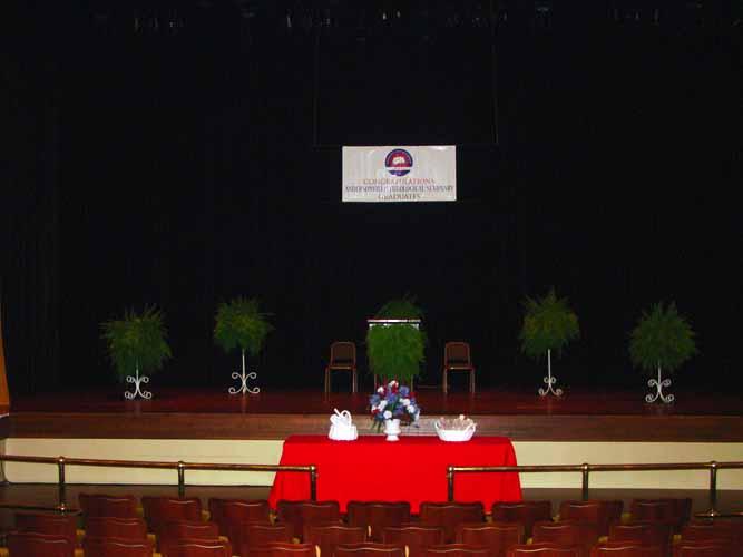 may-2011-graduation-1618