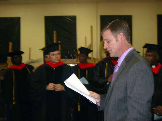 may-2011-graduation-1643