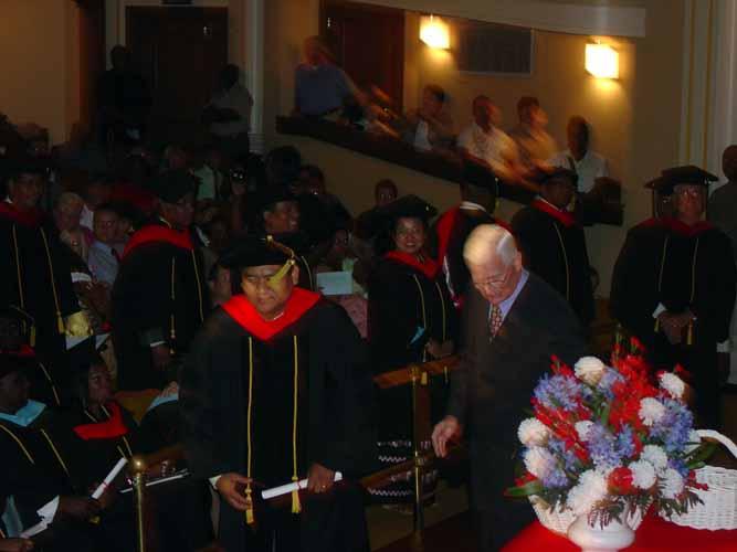may-2011-graduation-1674