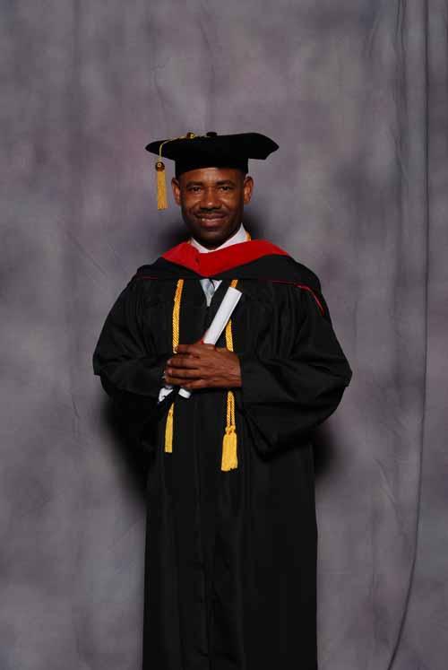 may-2011-graduation-3419
