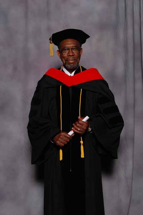 may-2011-graduation-3422