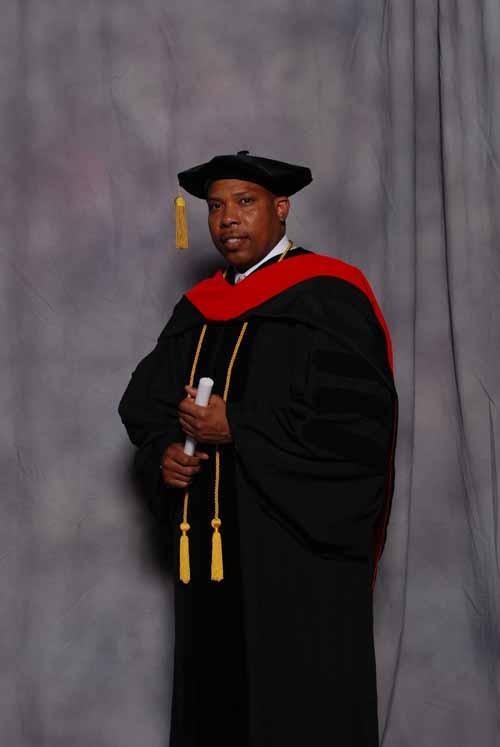 may-2011-graduation-3430