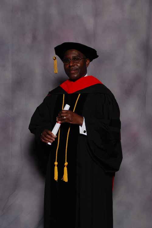 may-2011-graduation-3452